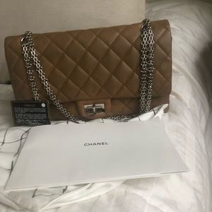 CHANEL BEIGE 2.55 Reissue flap bag